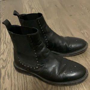 Isabel Marant Chelsea style boot